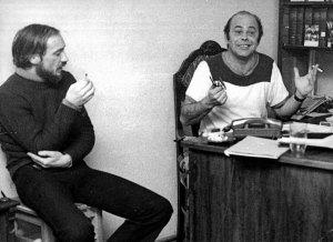 Macierewicz with Jacek Kuroń. [Source: Gazeta Wyborcza]